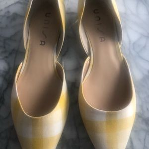 Yellow and white plaid shoes